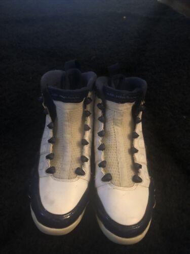 Pearl Blue Jordan Retro 9