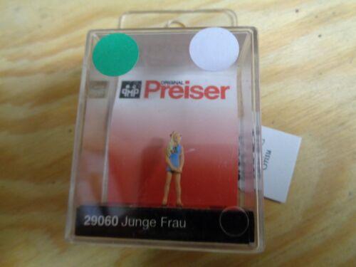 H0 Preiser 29060 jeune femme personnage NEUF dans sa boîte