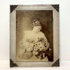 Postmortem-Photo-Sepia-Photograph-Pretty-Young-Victorian-Child-Flowers-Framed