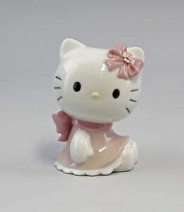 Hello-Kitty-avec-Boucle-de-fleur-Lladro-Nao-Porcelaine-a6-56037