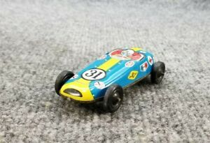 VINTAGE-TIN-LITHO-FRICTION-TOY-RACE-CAR-4-034-LONG-MADE-IN-JAPAN