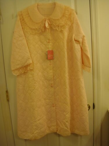 Woman's Vintage Quilted Lined PINK Robe House Coat