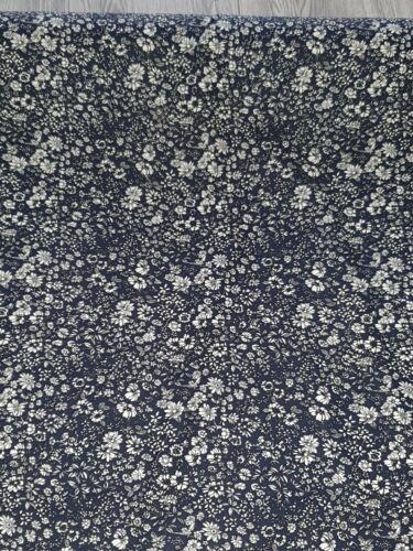 "1m  libertiy floral print 100/% Cotton Craft Fabric44/""//45"