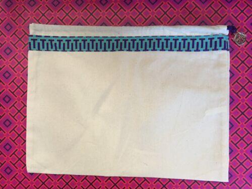 L@@K NWT Size 9 Tory Burch Thin Strap Flip Flops Black Flats Gift Reva