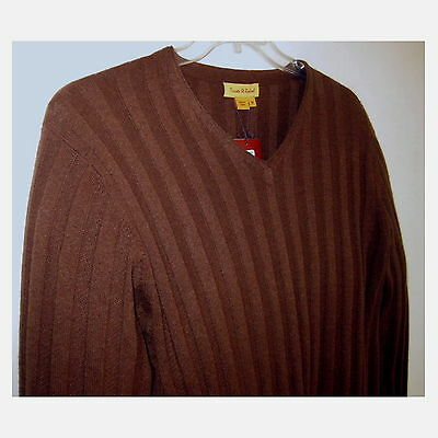 NWT Mens sweater M Pure cashmere $425 Ribbed Brown Mahogany V-neck Pullover Soft