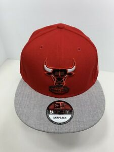 New-Era-NBA-9FIFTY-Red-amp-Gray-Snapback-Chicago-Bulls-Flat-Bill-Cap-NEW