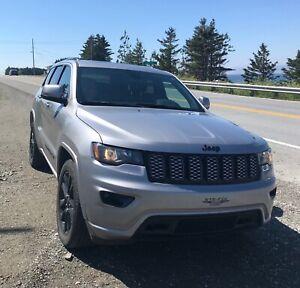2018 Jeep Grand Cherokee Laredo Altitude IV