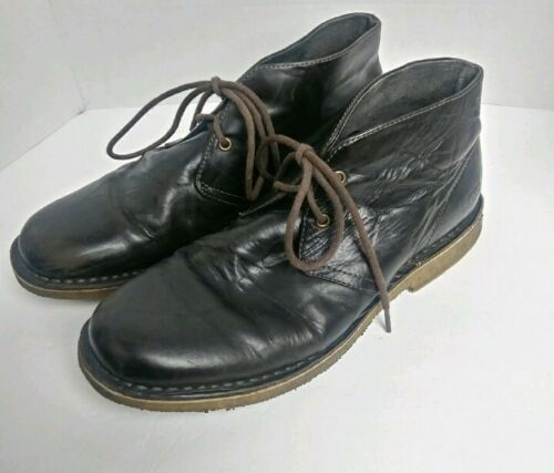 UGG Men Leighton Brown Leather Chukka Boot. Size 9