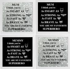 Mamá/Momia su tan inteligente como Marco de Caja de superhéroe () Etiqueta de vinilo