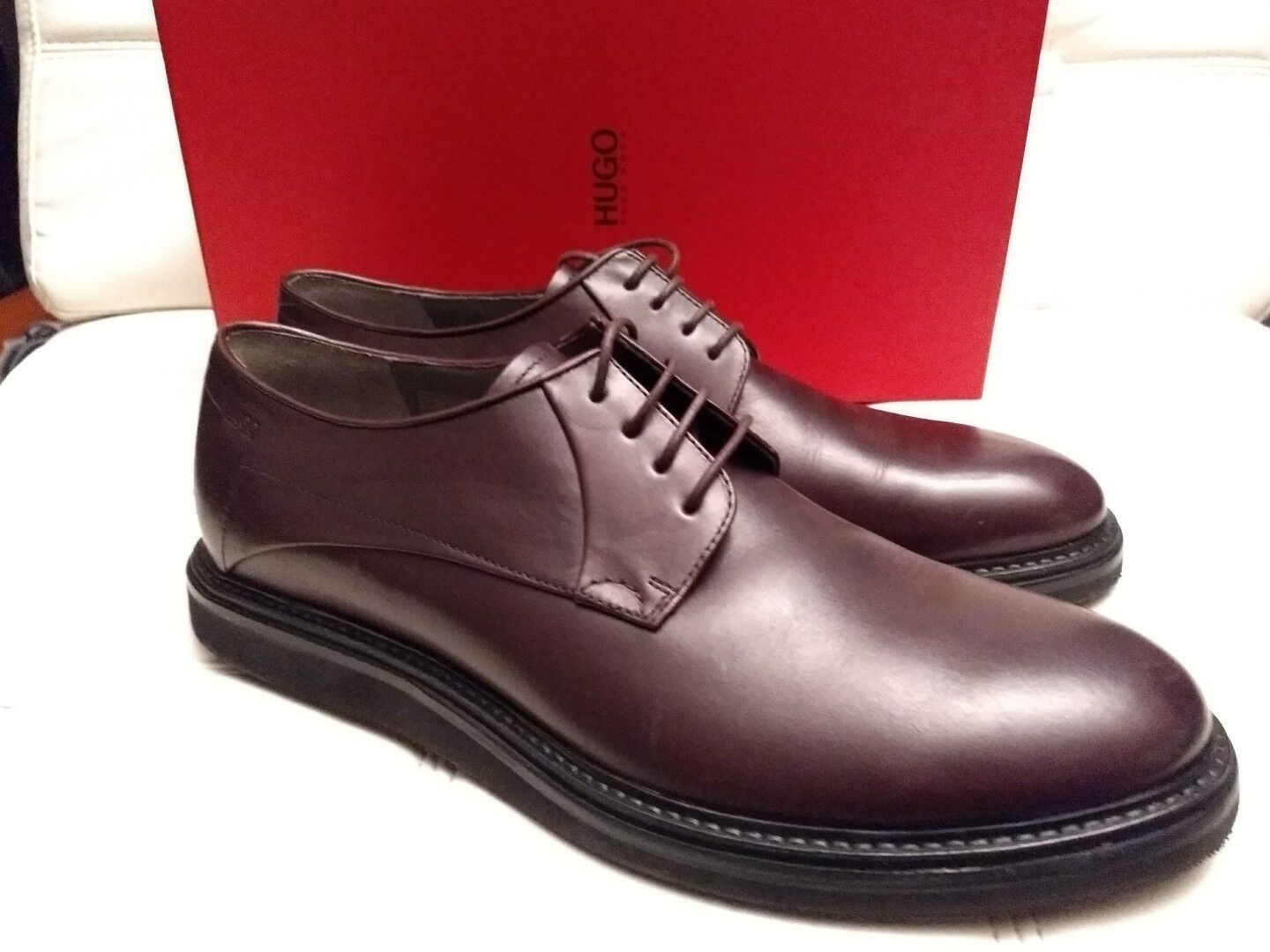 NEW Hugo Boss Burgandy Leather Dress shoes Livetech soles US 11 MSRP