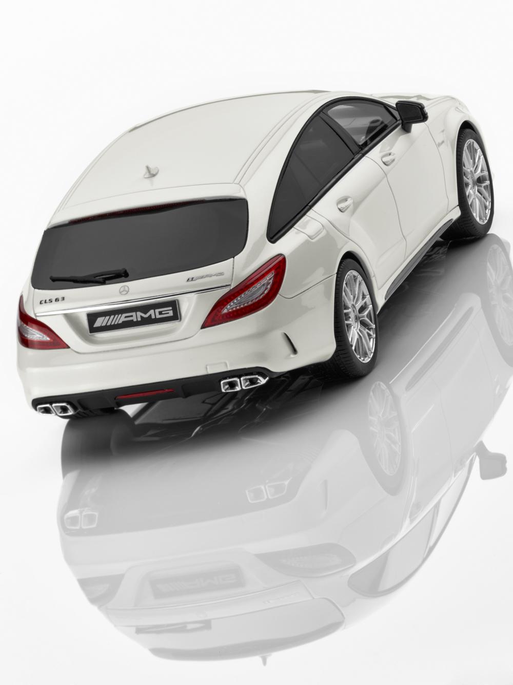 Mercedes-Benz 1 18 Voiture Miniature CLS 63 AMG Shooting Brake limitée à 1000 unités