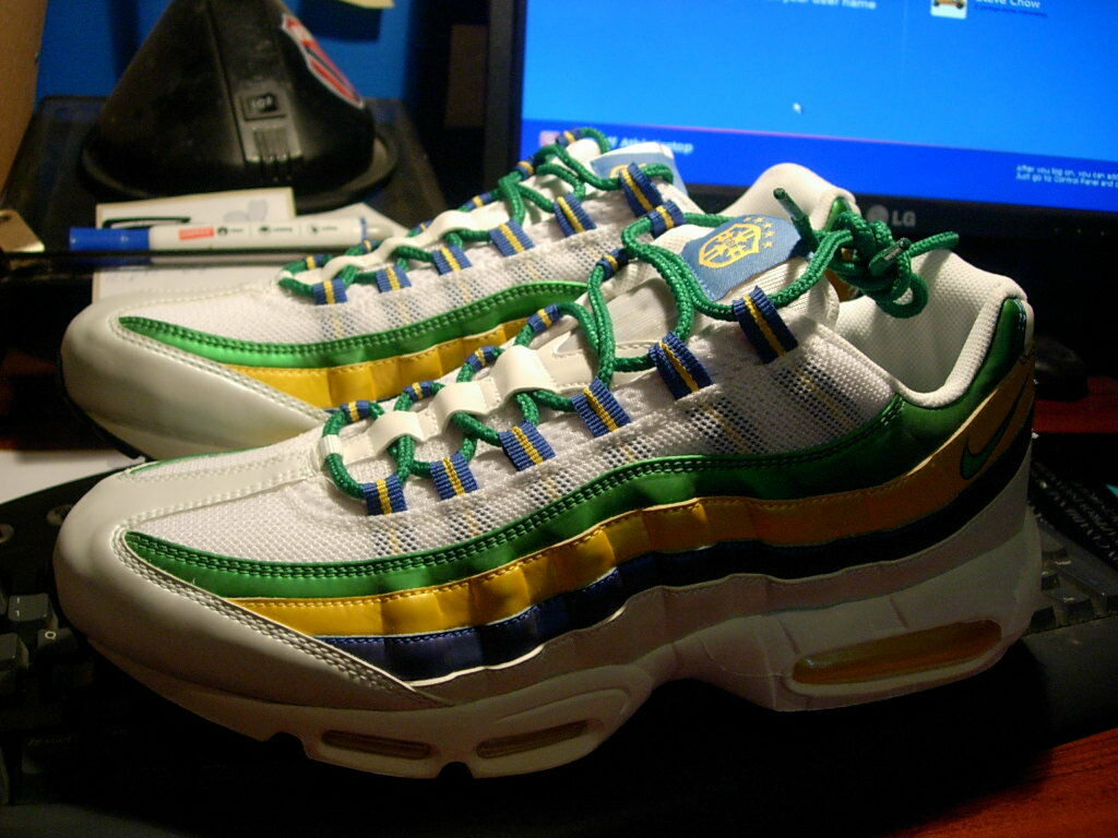Nike Air Max 95, Brazil World Cup, Mens 12 Casual wild