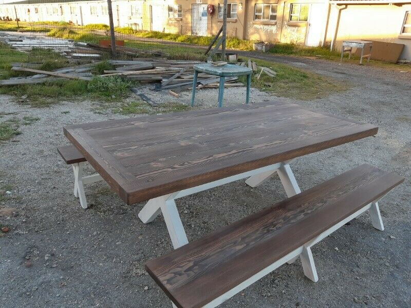 10 Seater Dinning Room Table. 65mm thick top