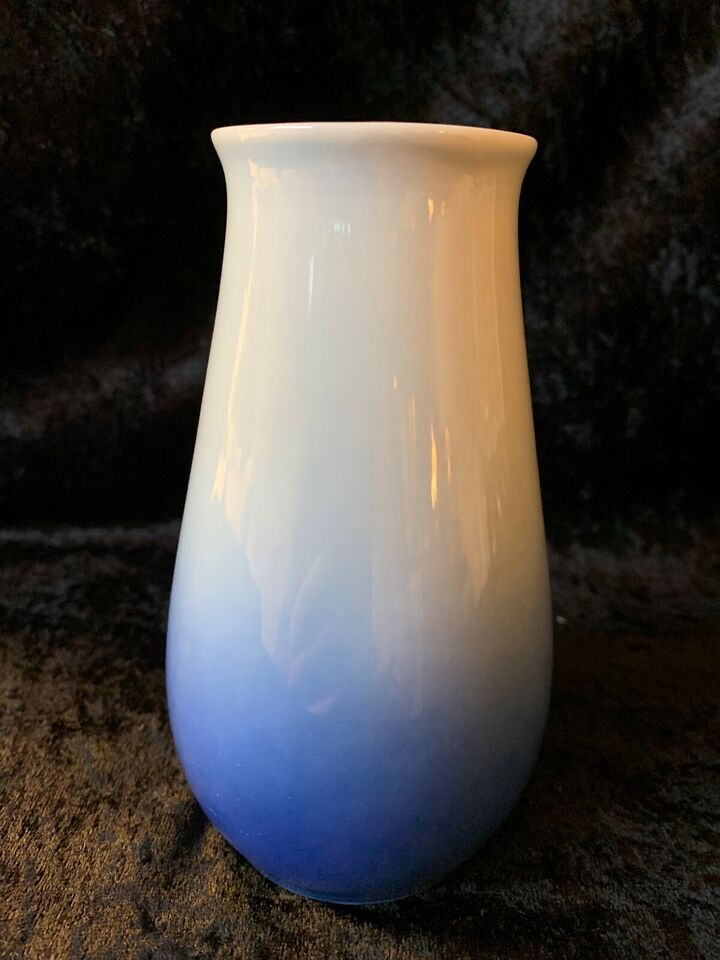 Porcelæn, JULEROSEN VASE