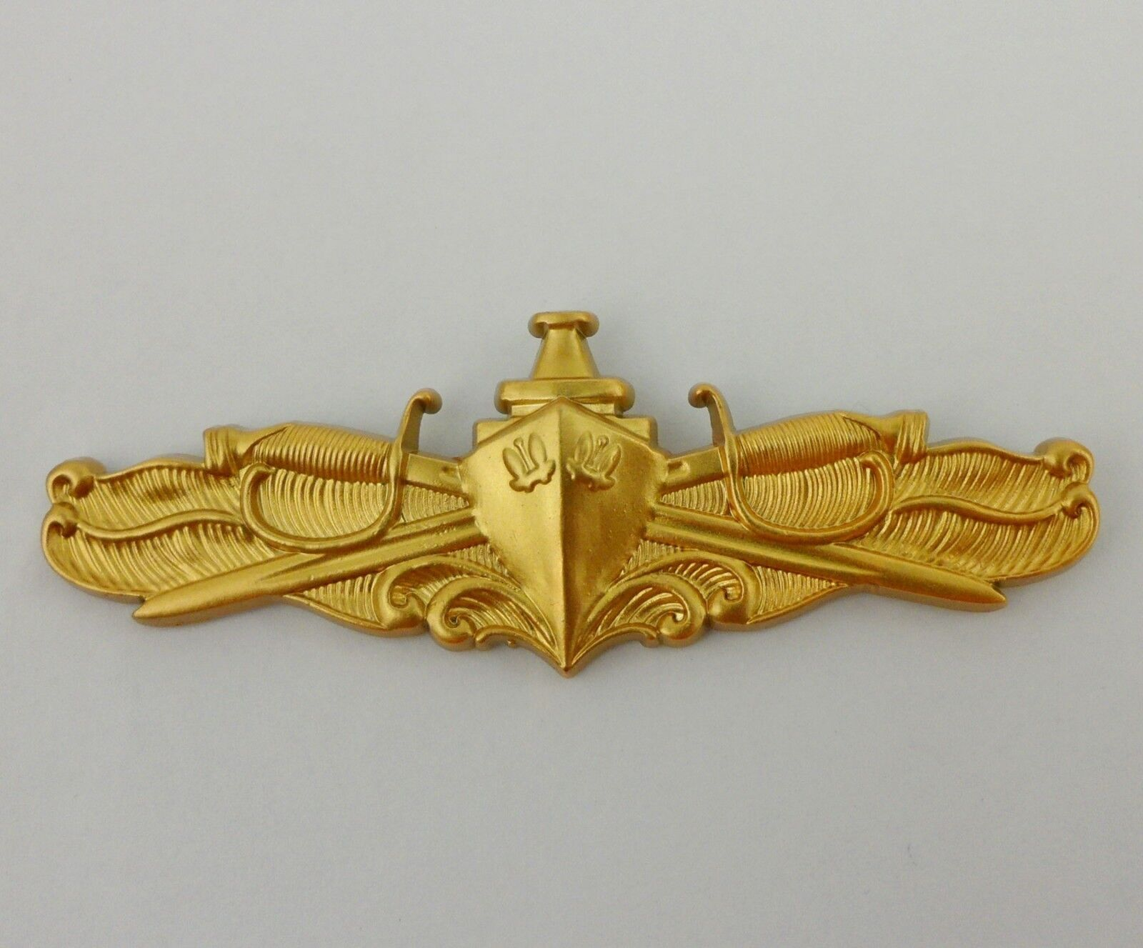 Mini Genuine U.S NAVY BADGE SURFACE WARFARE MEDICAL Gold Badge Pin Insignia