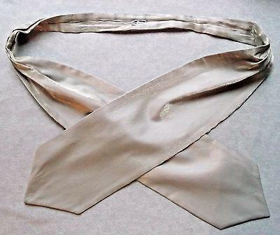 Inventivo Ascot Cravatta Da Uomo Matrimonio Scrunchie Ruche Taglia Unica Scintillante Oro Pallido-mostra Il Titolo Originale Il Massimo Della Convenienza