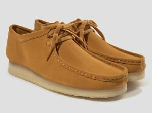 4025f5dd0eb Details about NIB MENS SIZE 9 CLARKS WALLABEE SUEDE SHOES TUMERIC 26139179