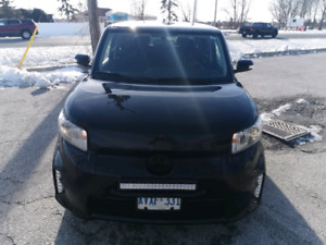 2014 Scion xb/ Toyota only 80000km