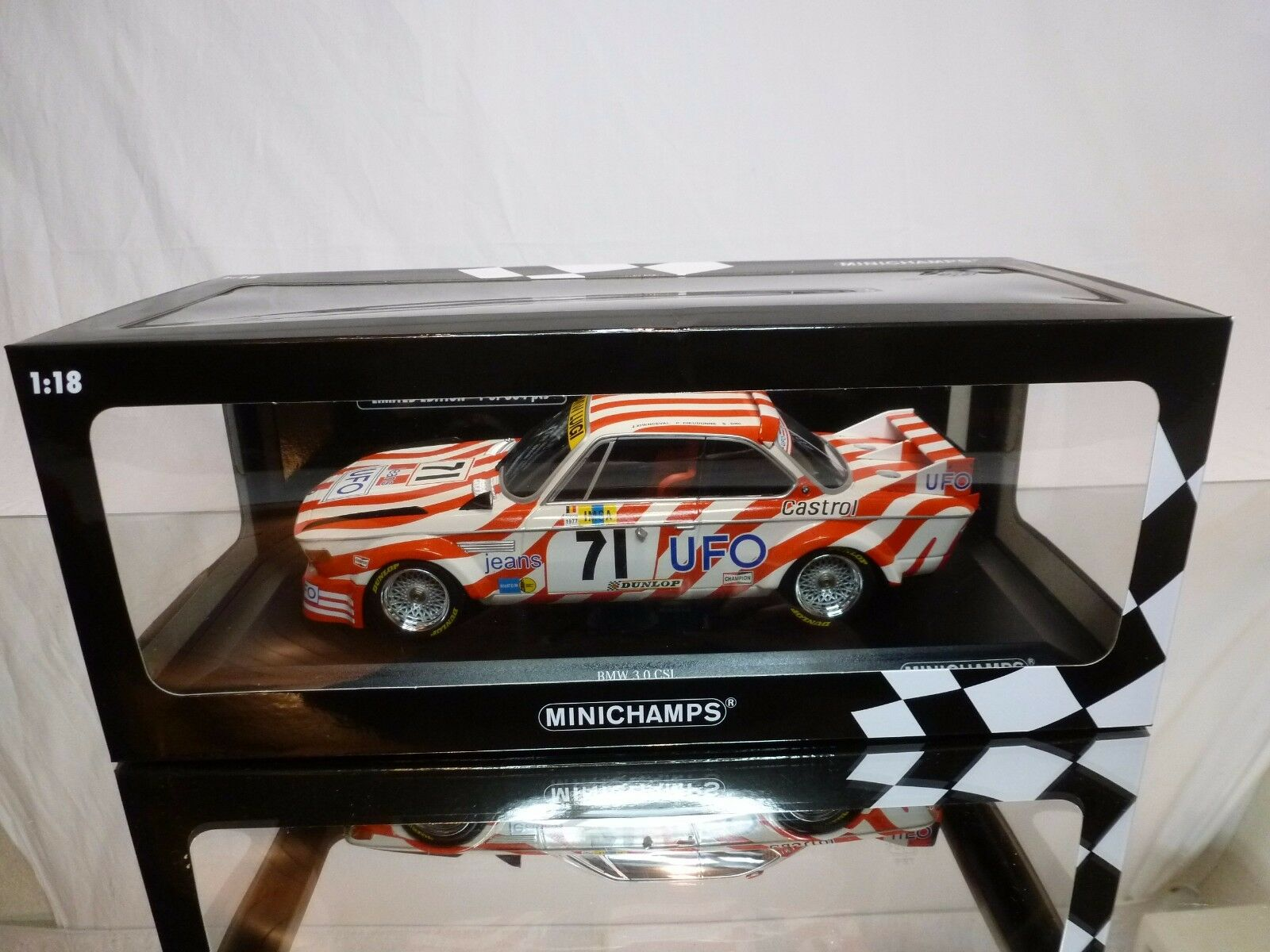 MINICHAMPS 772571 BMW 3.0 CSL - UFO LE MANS 1977 - bianca 1 18 - EXCELLENT IN BOX