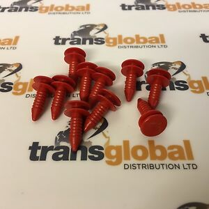 Image is loading Land-Rover-Discovery-2-V8-TD5-Rear-Door- & Land Rover Discovery 2 V8 TD5 Rear Door Trim Clips x10 - Bearmach ...