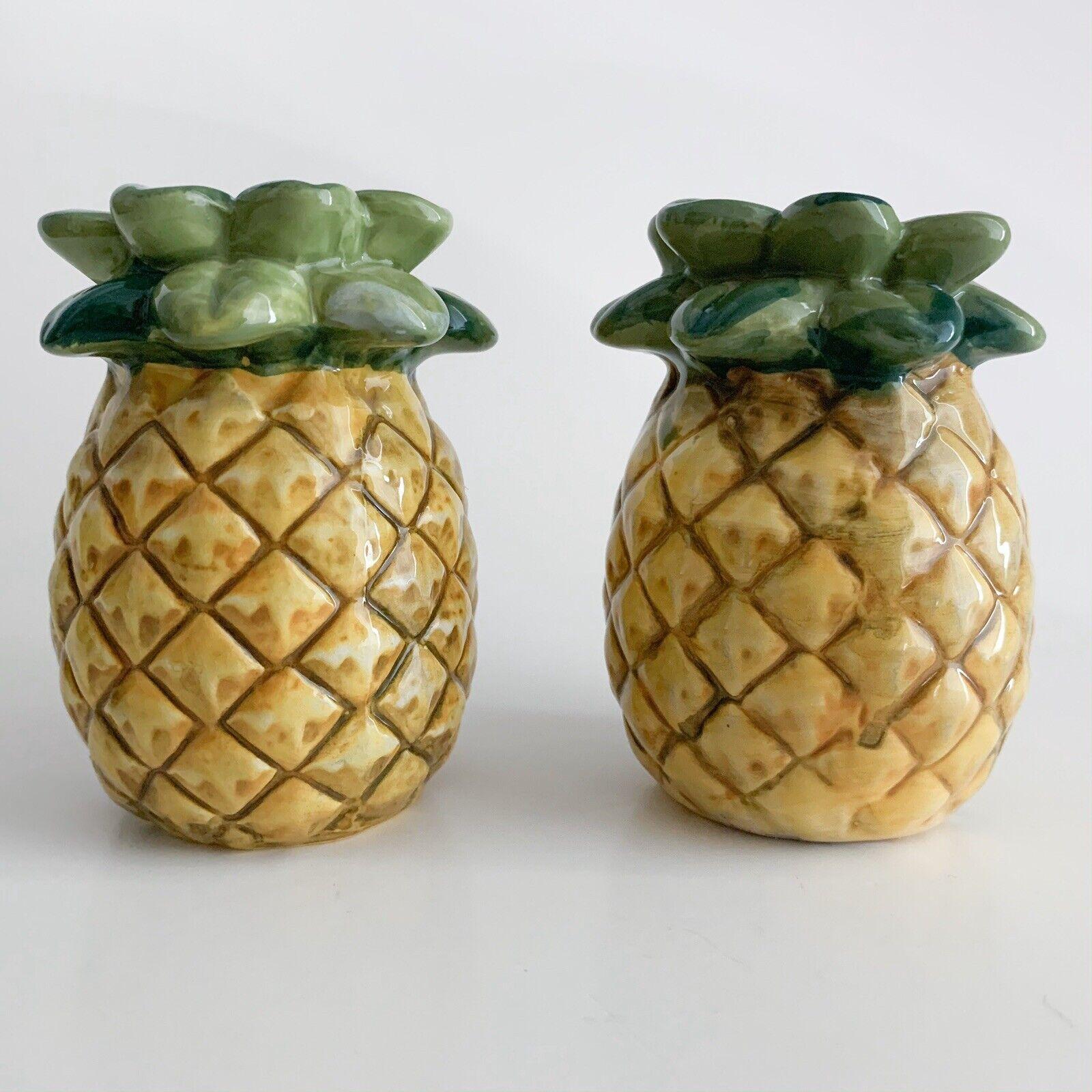 Hula Girl and Pineapple Salt and Pepper Shakers Aloha Tropical Salt and Pepper Shakers Fruit Salt and Pepper Shakers Hawaii