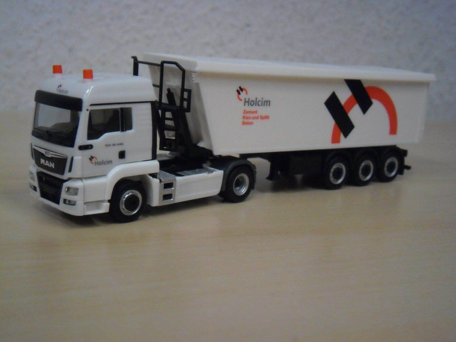 Herpa LKW MAN TG-S LX E6 Kempf-SZ Holcim 306171