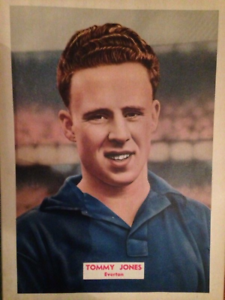 VINTAGE EVERTON TOMMY JONES COLOUR PICTURE SINGLE PAGE TAKEN FROM 1955 BOOK - Wellington, United Kingdom - VINTAGE EVERTON TOMMY JONES COLOUR PICTURE SINGLE PAGE TAKEN FROM 1955 BOOK - Wellington, United Kingdom