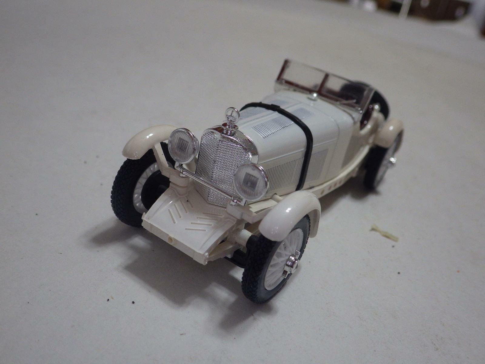 RIO 79 (Italie) BLANC MERCEDES-BENZ SSKL 1931 moulé sous pression en plastique 1 43 New in Box