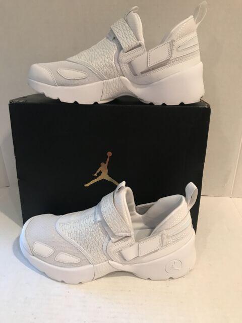 reputable site b6cc2 ea7de Nike Air Jordan Trunner LX PR HC GG 897997 100 White Platinum Size 8Y MSRP