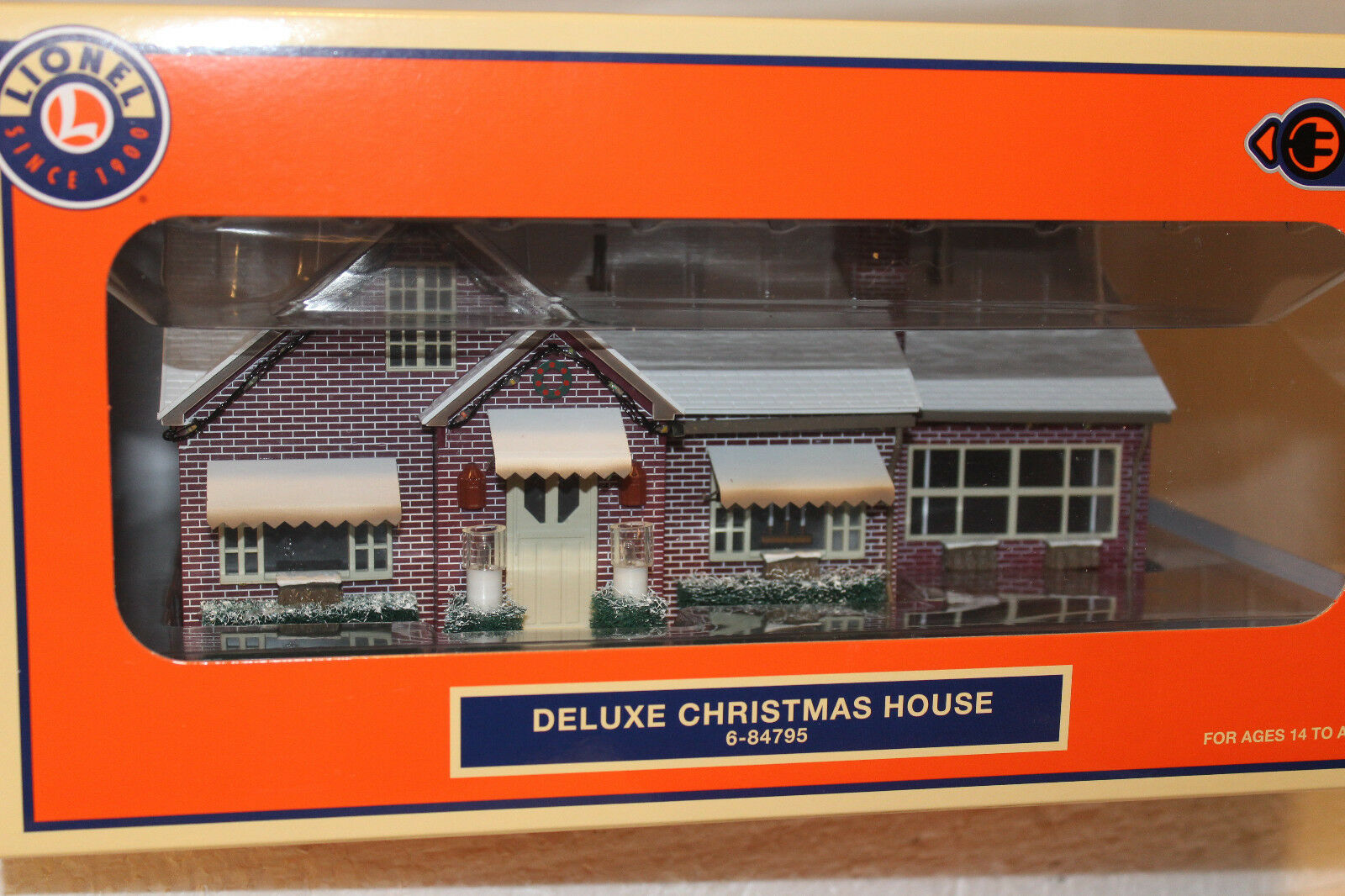 LIONEL CHRISTMAS House Deluxe f970eqcog91674-Buildings