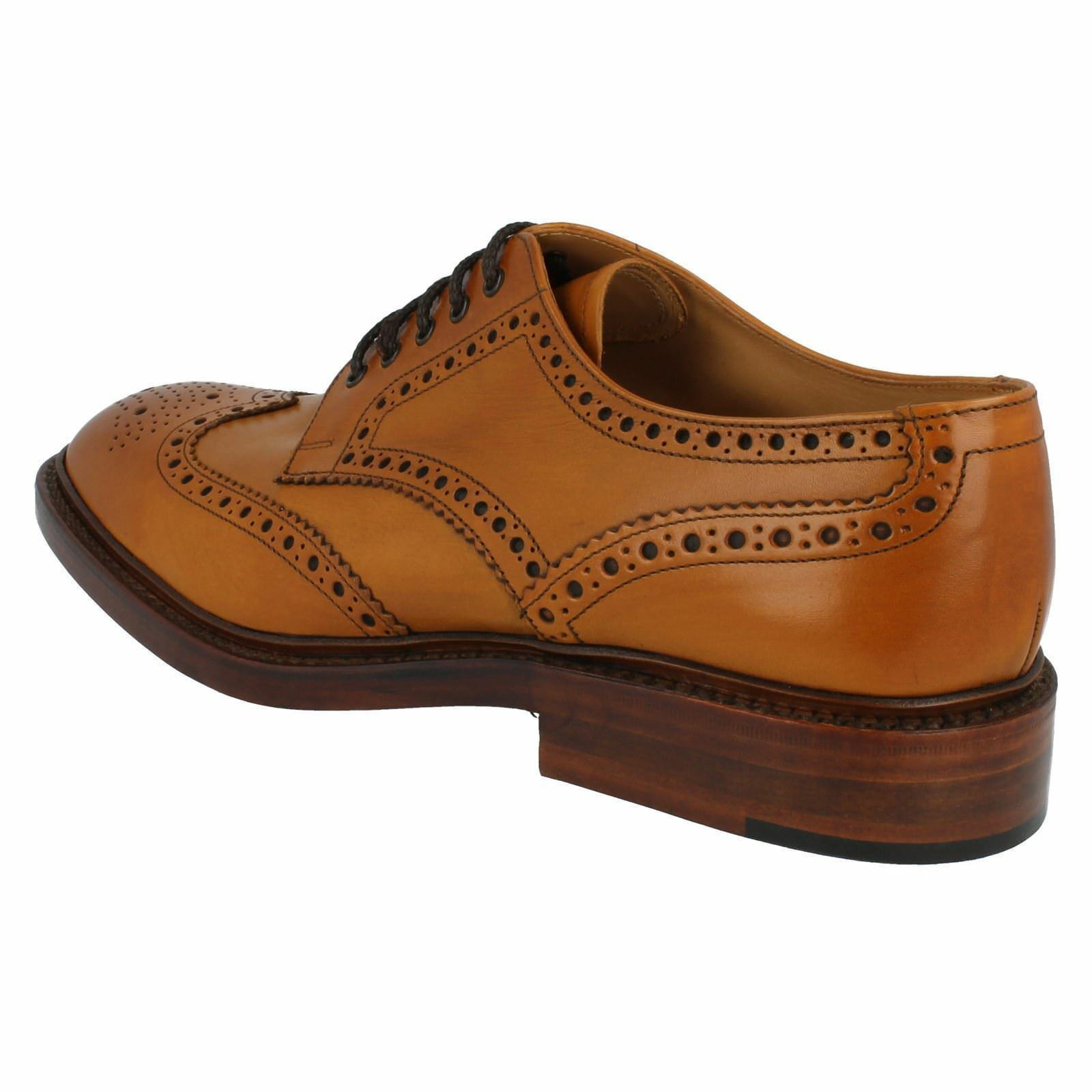 Uomo tan Chester 2 F fit tan Uomo burnished calf Leder lace up brogue by Loake 10b4c9