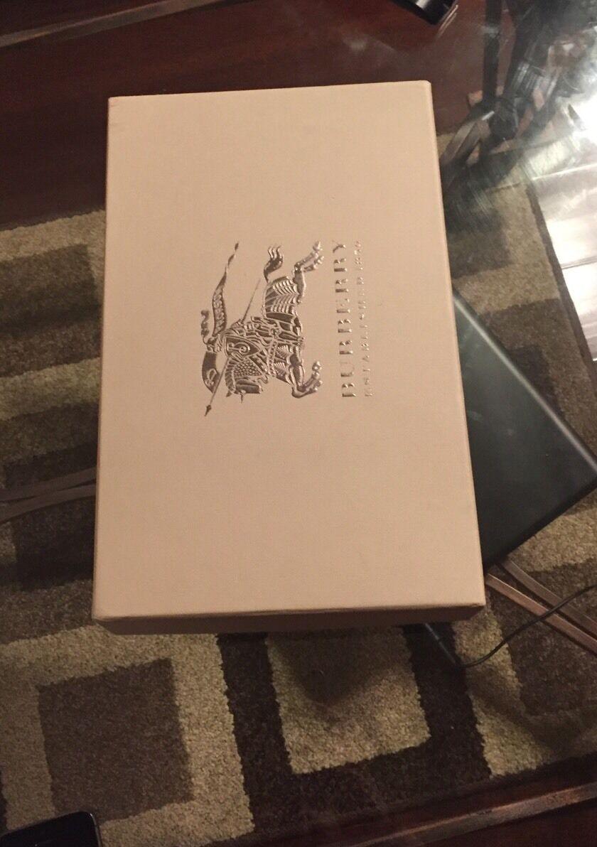 New Authentic Burberry Femmes Cuir Verni Verni Verni Noir Escarpins Carreaux 36.5 6 00ffcb