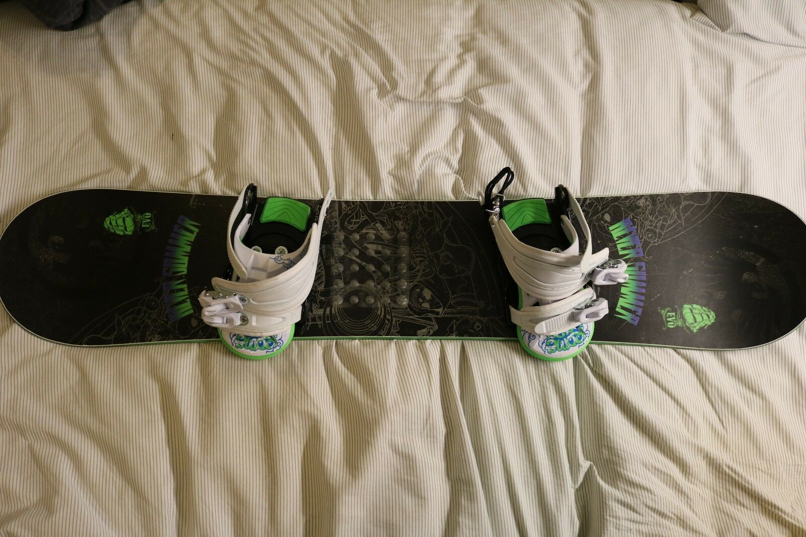 Never Summer Evo Mini Snowboard with Rome SDS Bindings
