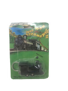 Vintage-Woo-Woo-Locomotive-II-Novelty-Keychain-Toy-Train-Sounds-Collectable