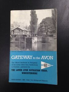 Gateway To The Avon  Rare Vintage 1966 Guide Book - Stowlangtoft, Suffolk, United Kingdom - Gateway To The Avon  Rare Vintage 1966 Guide Book - Stowlangtoft, Suffolk, United Kingdom
