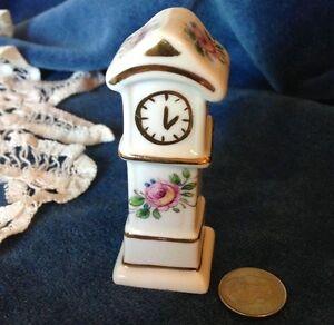 Camelot-Porcelain-Clock-Dollhouse-Miniatures-Eng-Bone-China-Floral-amp-Gold-1-12