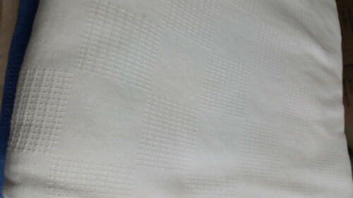 HOSPITAL THERMAL //TIWN BED SPREAD BLANKET 74x100 in 1ea.