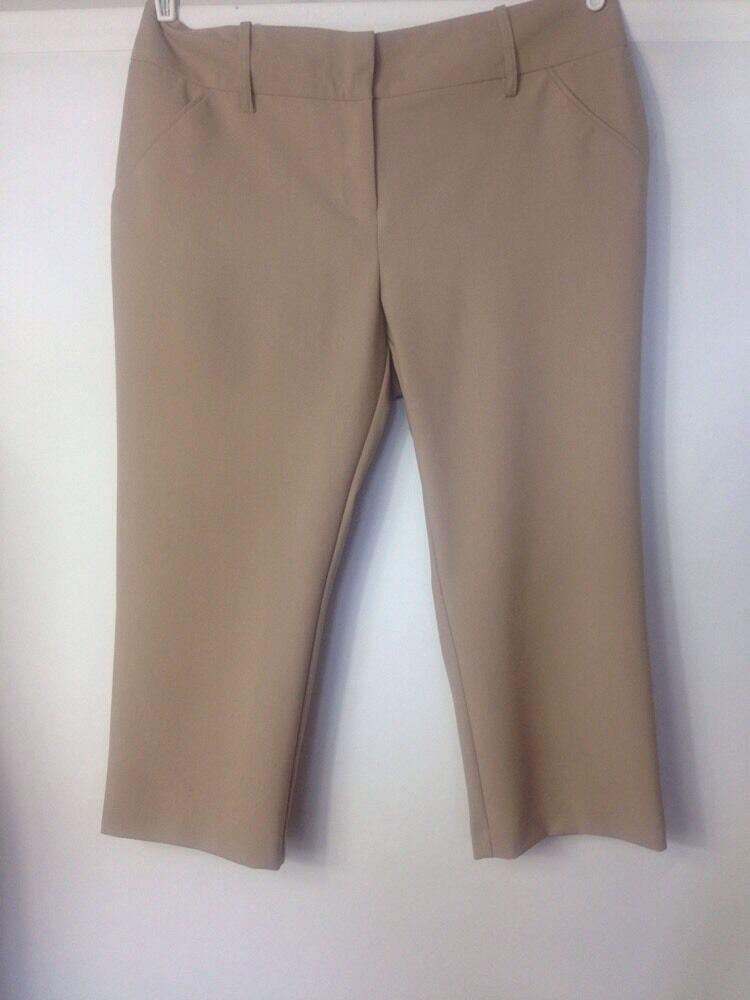 Company Ellen Tracy Essential Fit Wide Leg Capri Khaki, Size 16