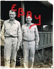 WWII 5X7 ACTION PHOTOGRAPH OF 5TH USAAF 863RD EAB USO TROOPER GARY COOPER LOOK