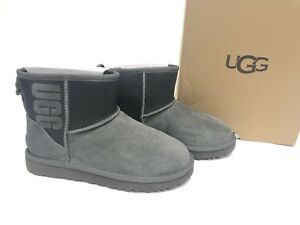 8f7895bbd12 Details about Ugg Australia Classic Mini Ugg Rubber Boot Shearling 1100210  Graphic Grey Black