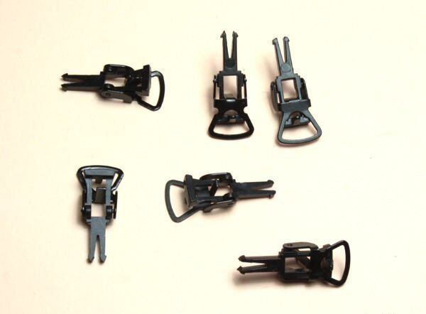 Ersatzteil HO - 6 Standardkupplungen für Normschacht / Bügelkupplungen H0