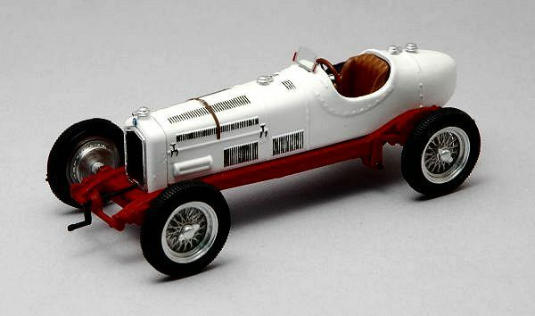 Alfa Romeo P 3 1932 White 1 43 Model RIO40051 RIO