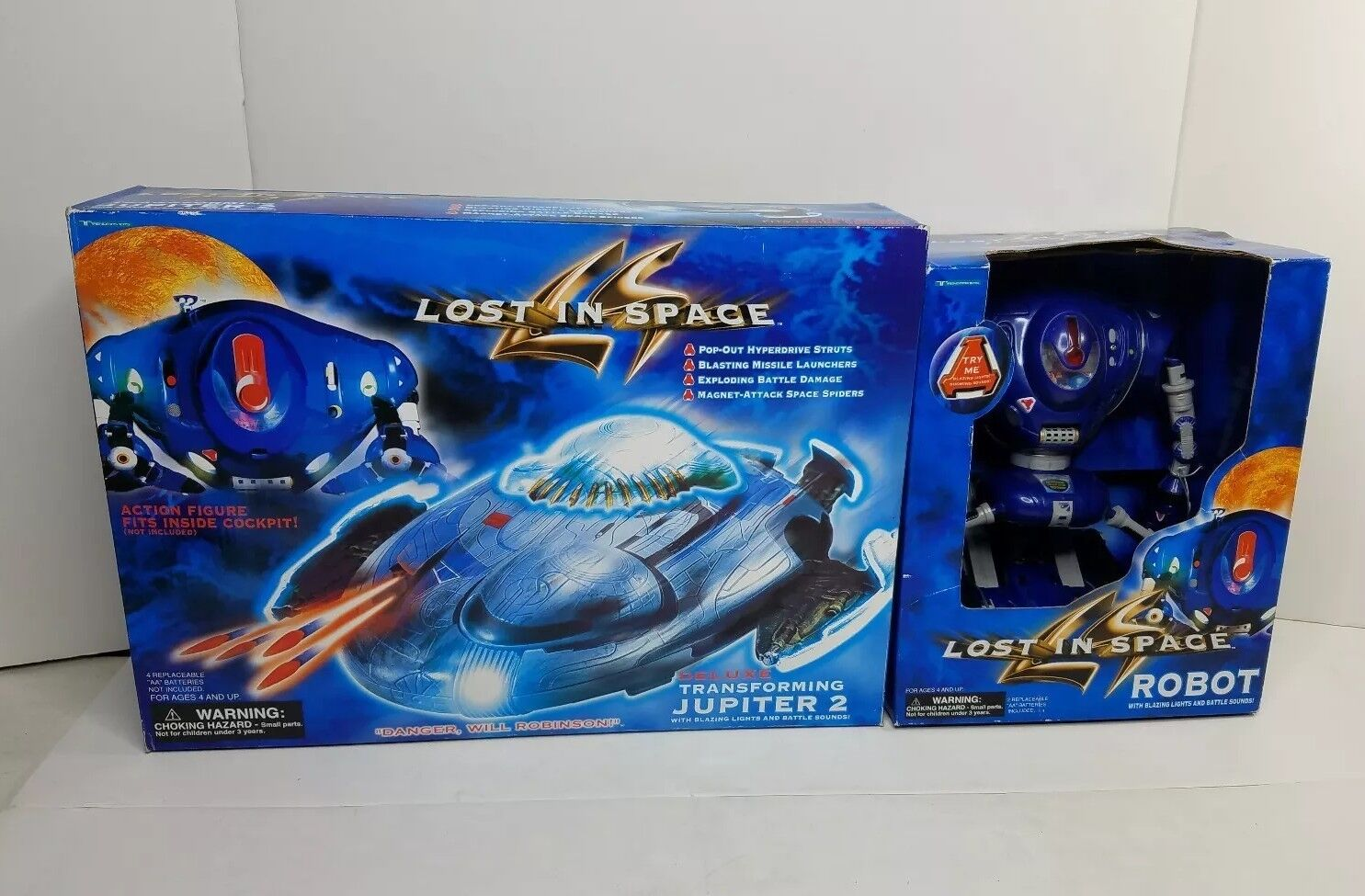 1997 Trendmasters LOST IN SPACE Deluxe Transforming Jupiter 2 movie spaceship II