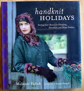 Hand-Knit-Holidays-Knitting-Year-Round-for-Christmas-50-designs-by-Melanie-Fa