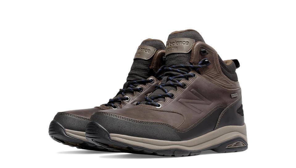 New Balance Men's Trail Walking Boots, Dark Brown - MW1400DB