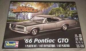 Revell-039-66-Pontiac-GTO-1-25-scale-model-car-kit-new-4479