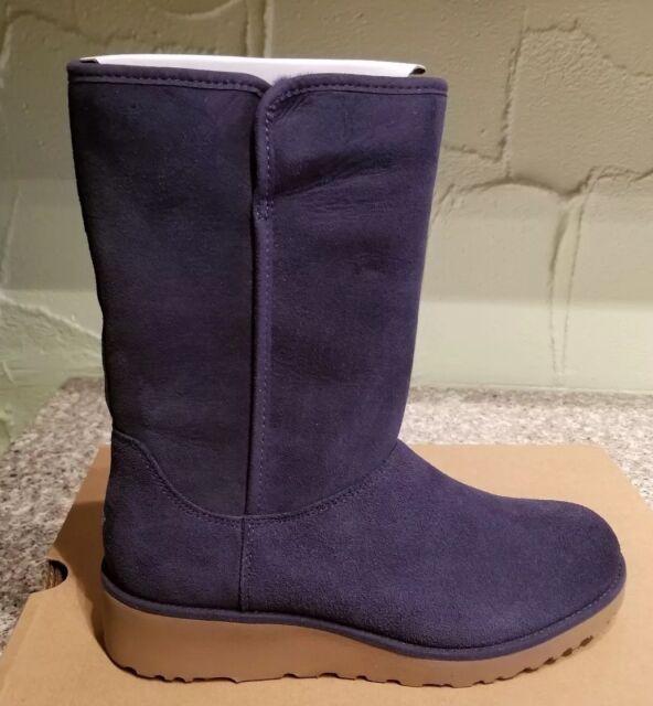 06898678128 UGG Australia Women's Amie Navy Blue BOOTS Size 8