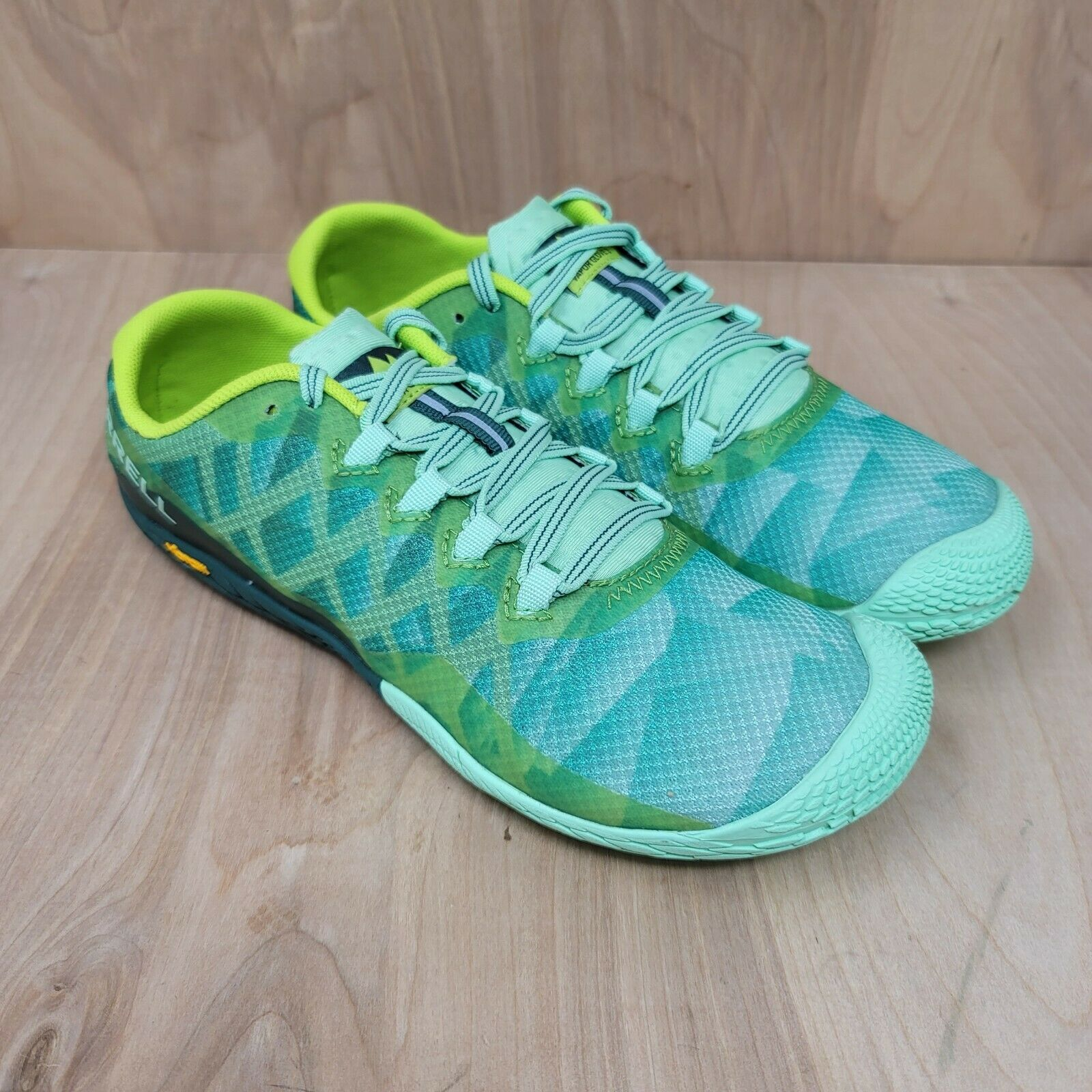 Merrell Vapor Glove 3 pour femme Pieds Nus Randonnée Trail Running Shoes sz 8.5 J12678