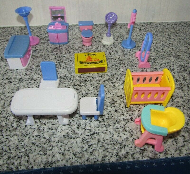 SML Miniature Doll House Furniture