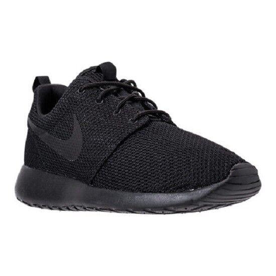 Para hombres Nike Roshe un  Estilo De Vida Zapatos  un Negro/Negro 812 511881026 Nuevo En Caja c4fd1d